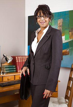 Granny Secretary