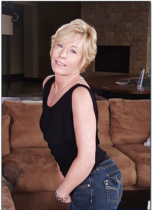 Granny in Jeans Porn