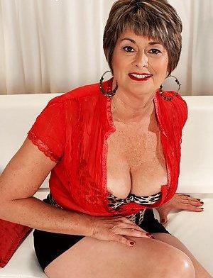 Granny in Skirt Porn